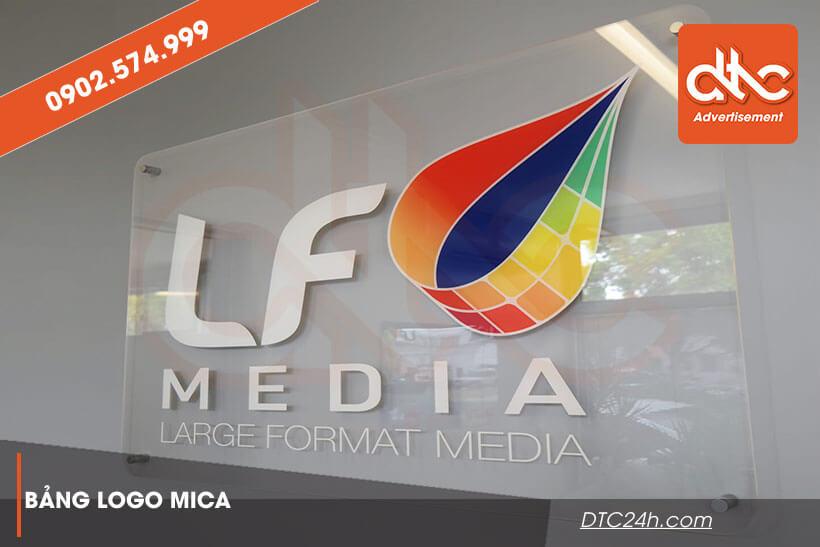 in logo trên mica giá rẻ tphcm