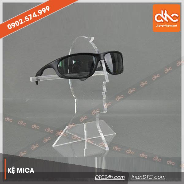 Kệ mica trưng bày mắt kính đẹp 1