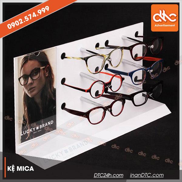 Kệ mica trưng bày quảng cáo mắt kính 1